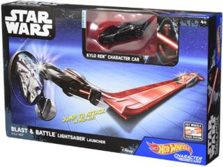 Hot Wheels – Star Wars – Blast & Battle Lightsaber Launcher – Kylo Ren – Fahrzeug und Pullback-Rennstrecke